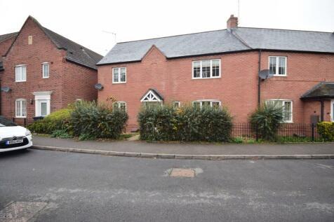 Betjeman Road, Stratford-Upon-Avon, Warwickshire, CV37. 3 bedroom semi-detached house