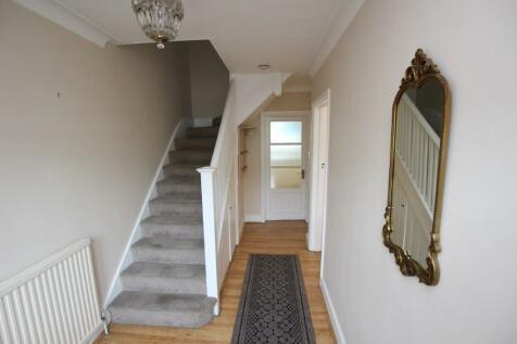 Renters Avenue, London, NW4. 3 bedroom semi-detached house