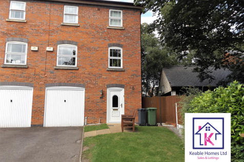 Drayman Close, Walsall, West Midlands. 4 bedroom town house
