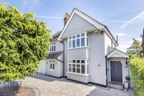 Westmoreland Avenue, Hornchurch, RM11. 4 bedroom detached house for sale
