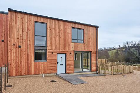 Langleys Lane, Midsomer Norton. 3 bedroom semi-detached house