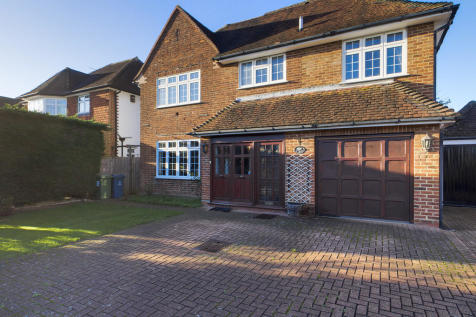 Briants Close, Pinner. 6 bedroom detached house for sale