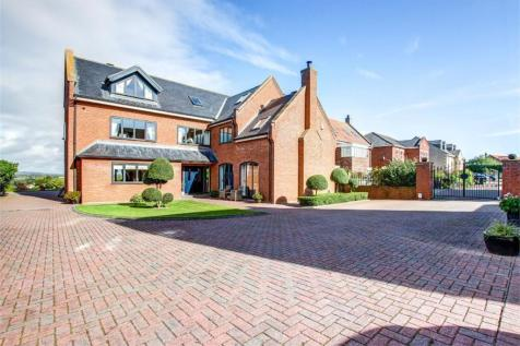 The Willows, West Rainton, Nr Durham. 5 bedroom detached house for sale