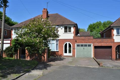 Parkes Hall Road, Woodsetton, DY1. 4 bedroom semi-detached house for sale