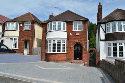 Old Park Road, Dudley, DY1 3NE. 3 bedroom detached house