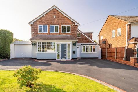 Dawlish Road, Woodsetton, Dudley, DY4 4LU. 4 bedroom detached house for sale