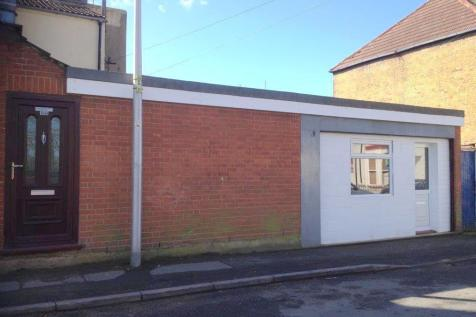 Richmond Road, Gillingham. Commercial property