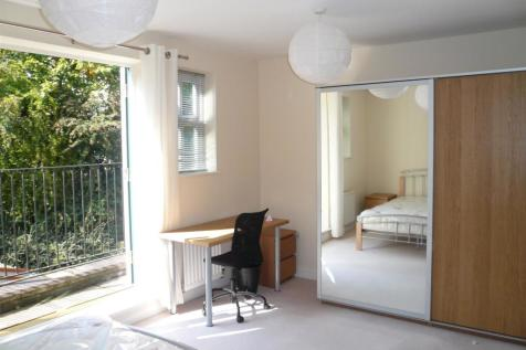 Schuster Road, Victoria Park, Manchester. 4 bedroom house