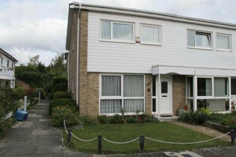 Kingspark Court, London. 3 bedroom end of terrace house for sale