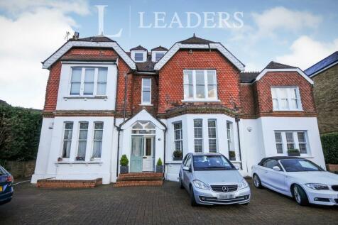 Park Hill Road, Shortlands, Bromley, BR2. 2 bedroom flat