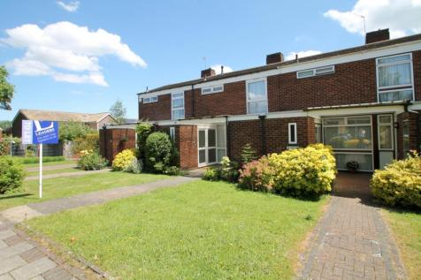 Hayesford Park Drive, Bromley, BR2. 3 bedroom terraced house