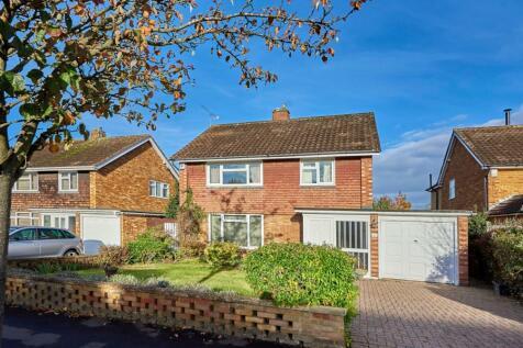 Blake Close, St. Albans, Hertfordshire, AL1. 3 bedroom detached house for sale