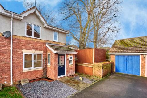 Bell View, St. Albans, Hertfordshire, AL4. 3 bedroom semi-detached house for sale