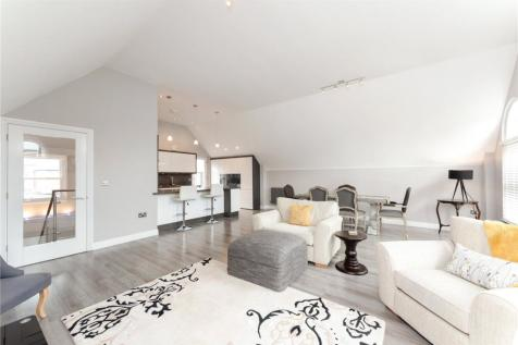 Grosvenor Place, Chester, CH1. 3 bedroom semi-detached house