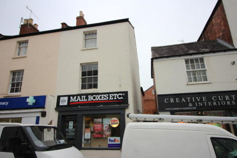 Oxford Street, Leamington Spa. 3 bedroom flat