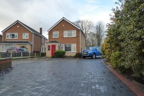 Tarn Court, Woolston, Warrington. 3 bedroom detached house