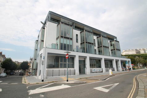 Pier Street , The Hoe. 2 bedroom apartment