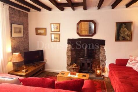Old Market Street, Usk, Monmouthshire. NP15 1AL. 3 bedroom cottage