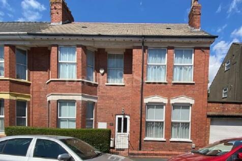 Ombersley Road, Off Bassaleg Road, Newport. NP20 3EE. 3 bedroom maisonette