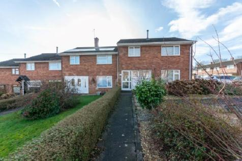 Padarn Place, Pontnewydd, Cwmbran. NP44 1DS. 3 bedroom end of terrace house