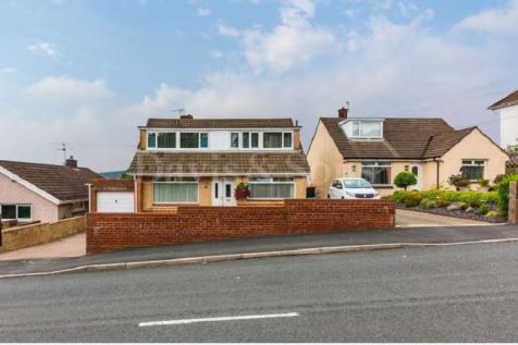 High Cross Lane, Rogerstone, Newport. NP10 9BG. 4 bedroom detached bungalow