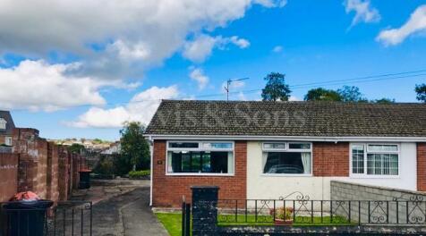 Eastmoor Road, Lliswerry, Newport. NP19 4NY. 2 bedroom semi-detached bungalow