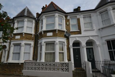 Prince George Road, Stoke Newington, N16. 4 bedroom house