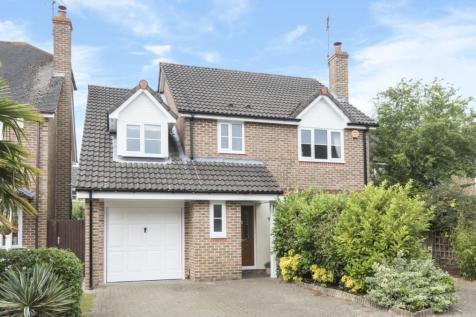 Keats Close, Horsham, RH12. 4 bedroom detached house