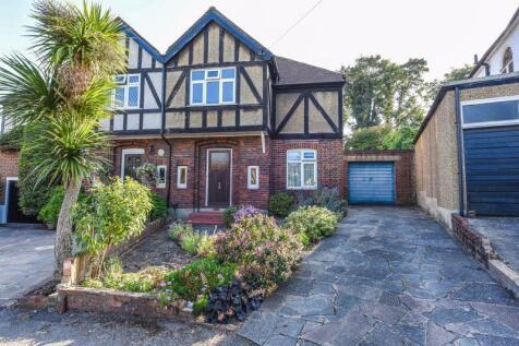 Warren Park Road, Sutton. 3 bedroom semi-detached house for sale