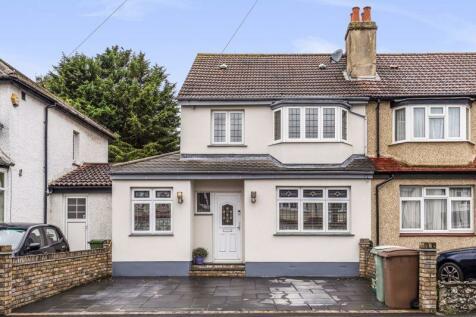 Florian Avenue, Sutton. 3 bedroom semi-detached house for sale