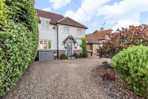 Roundwood Way, Banstead. 4 bedroom semi-detached house for sale