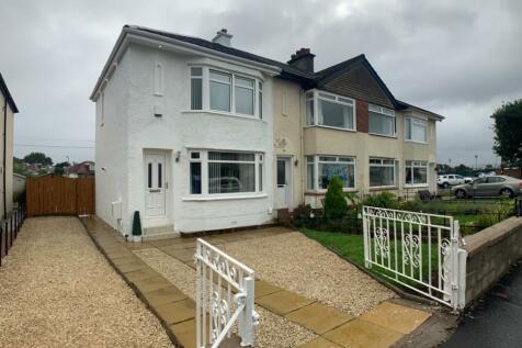 Bathgo Avenue, Paisley, Renfrewshire, PA1. 2 bedroom end of terrace house