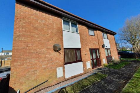 The Spinney, Thornton-Cleveleys, Lancashire, FY5. 1 bedroom ground floor flat