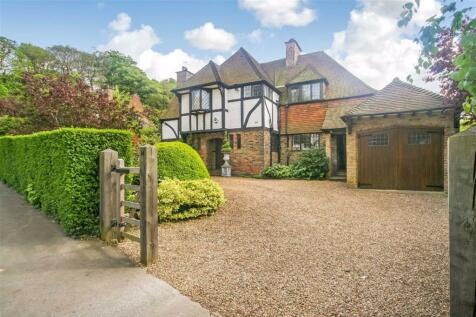 Hurst Way, South Croydon, Surrey. 4 bedroom detached house