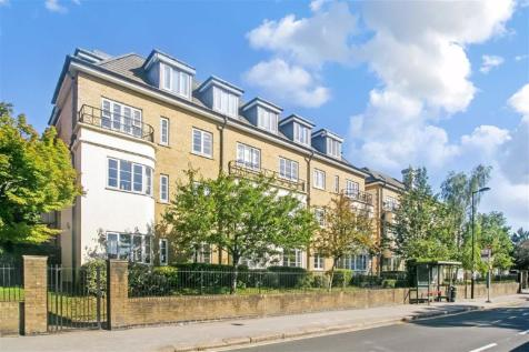 Pampisford Road, Purley, Surrey. 2 bedroom retirement property