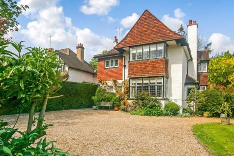 Woodcote Valley Road, West Purley, Surrey. 5 bedroom detached house