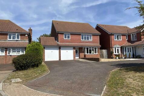 Wellington Park, Seaford, East Sussex. 4 bedroom detached house for sale