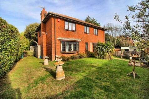 Eastbourne Road, Seaford, East Sussex. 4 bedroom detached house for sale