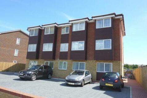 Tower Road, Lancing. 2 bedroom flat