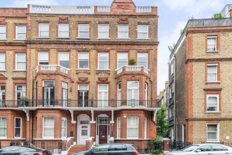 Rosary Gardens, South Kensington, London, SW7. 2 bedroom flat