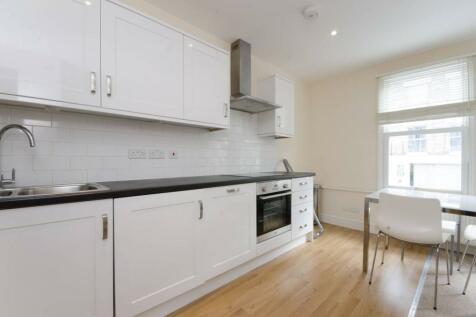 Greyhound Road, Hammersmith, London, W6. 2 bedroom flat