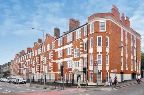 Talgarth Road, Barons Court, London, W14. 3 bedroom flat
