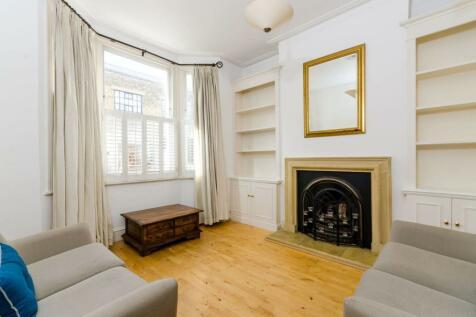Rainville Road, Hammersmith, London, W6. 2 bedroom flat