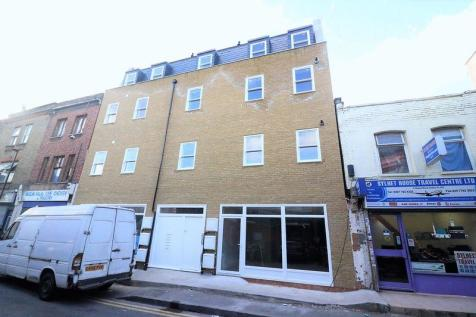Whitechapel E1. 2 bedroom flat