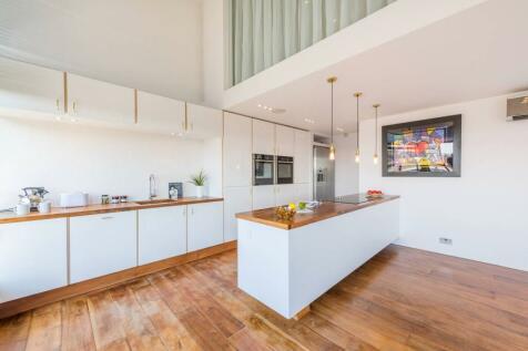 Chiswick Green Studios, Chiswick, London, W4. 2 bedroom flat for sale
