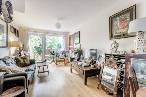 Westleigh Avenue, Putney, London, SW15. 2 bedroom flat