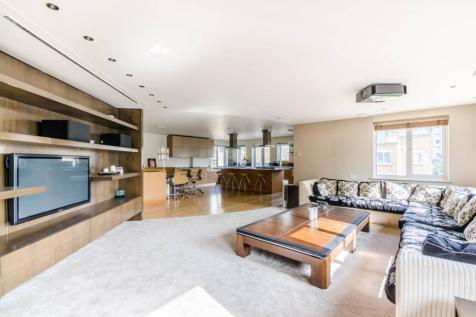 Mendip Court, Battersea, London, SW11. 2 bedroom penthouse