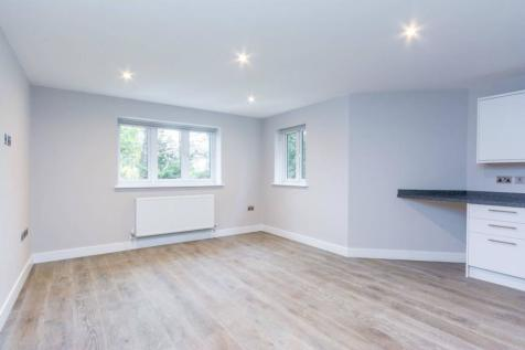 Castlebar Road, Ealing, London, W5. 2 bedroom flat
