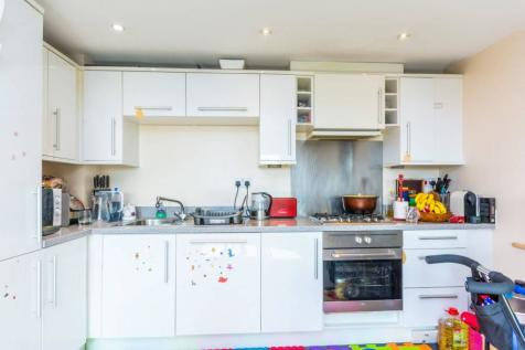Uxbridge Road, Ealing, London, W13. 1 bedroom flat for sale