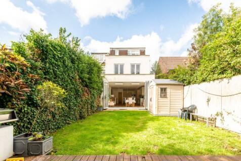 Cliveden Road, Wimbledon, London, SW19. 5 bedroom semi-detached house